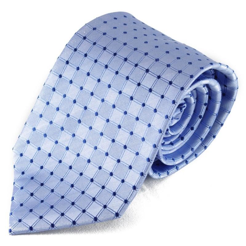 Světle modrá hedvábná kravata se vzorkem
